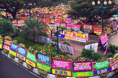 Karangan bunga di DKI Jakarta