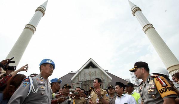 peresmian masjid raya dki