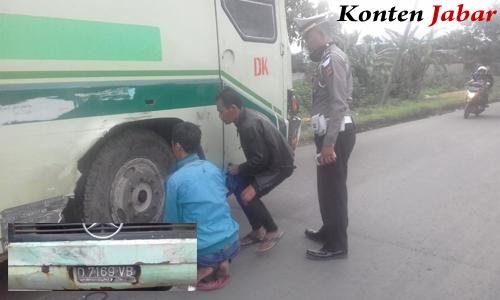 Bus Karyawan Mogok Bdg