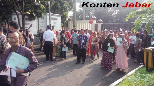 Kedatangan Presiden Joko Widodo Di Pemkot Tasikmalaya Di Sambut Antusias Masyarakat