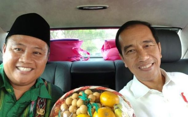 Uu se-mobil dgn Presiden Jokowi